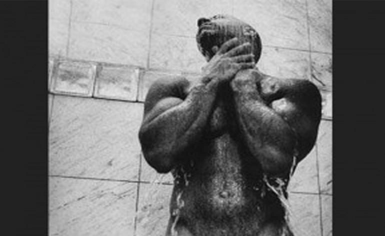 Vin Diesel Desnudo Luego De Hacer El Ice Bucket Challenge