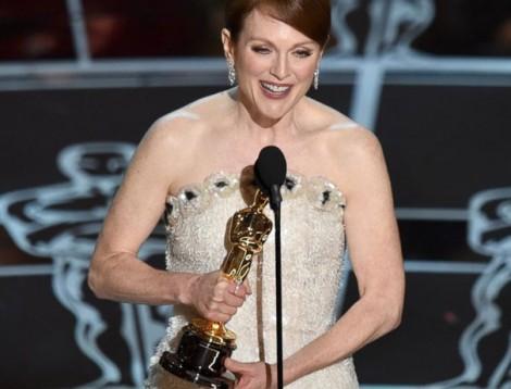 Julianne Moore Oscar 2015 AP