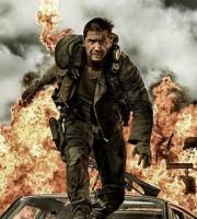 Mad Max Furia en el camino escena 1