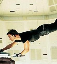Cuánto pagarías por el traje que utilizó Tom Cruise en 'Misión imposible'