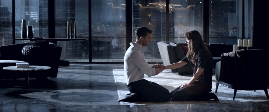 HT-Fifty-Shades-Darker-MEM-170103_31x13_1600