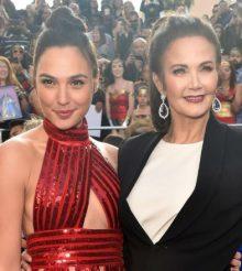 'Mujeres Maravillas de ayer y hoy' brillaron juntas en la alfombra roja